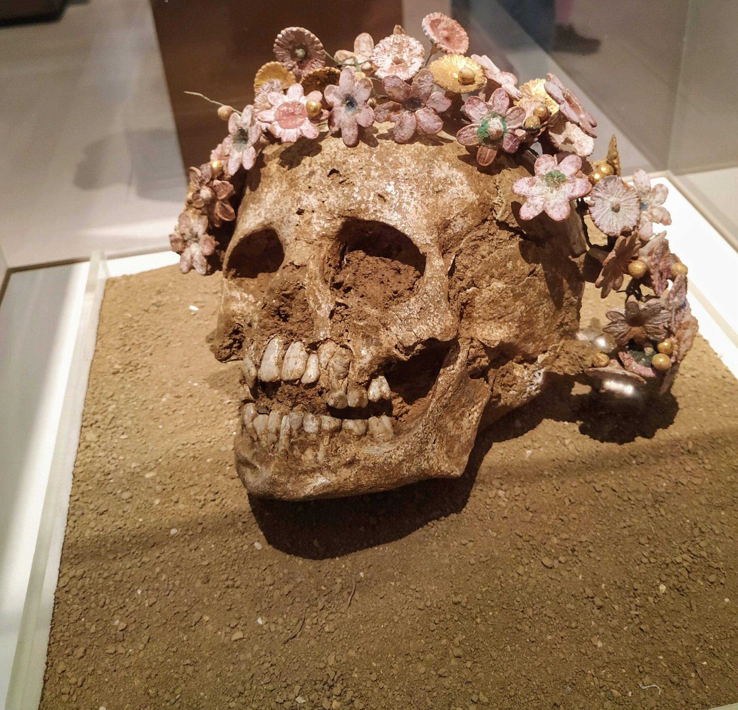 Στολισμένη κεφαλή μικρού κοριτσιού, 300-400 π.Χ.